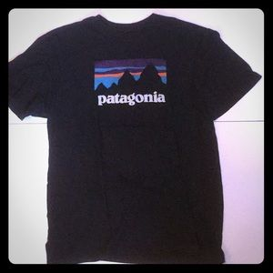 Patagonia Men's M Logo Graphic T Shirt